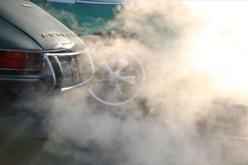 r-gruppe-porsche-smoke